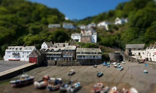 Create a tilt-shift effect with Snapseed